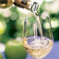 Hotel Packages - Half Day Wine Tour with Cheese & Tour of NOTL - Four Points by Sheraton Niagara Falls Hotel