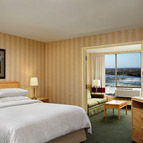 Four Points by Sheraton Niagara Falls - Presidential Suite